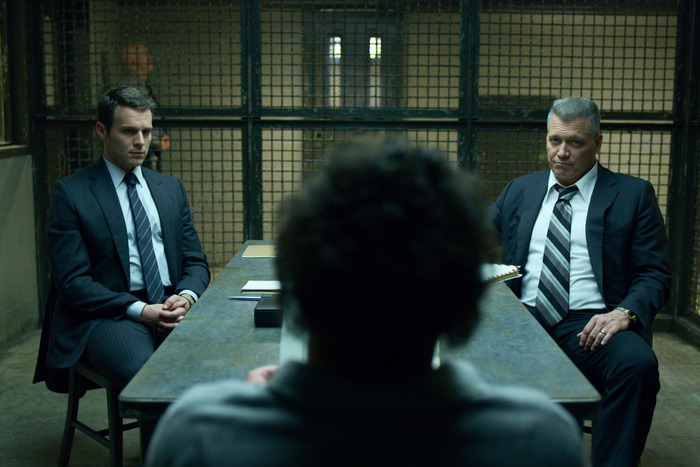 19-mindhunter-review.w700.h467.jpg
